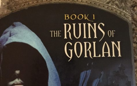 Book Review: Ranger's Apprentice, Book 1: The Ruins of Gorlan by John Flanagan
