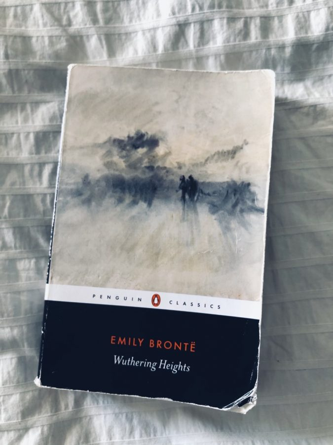 Classic Book Review: Wuthering Heights